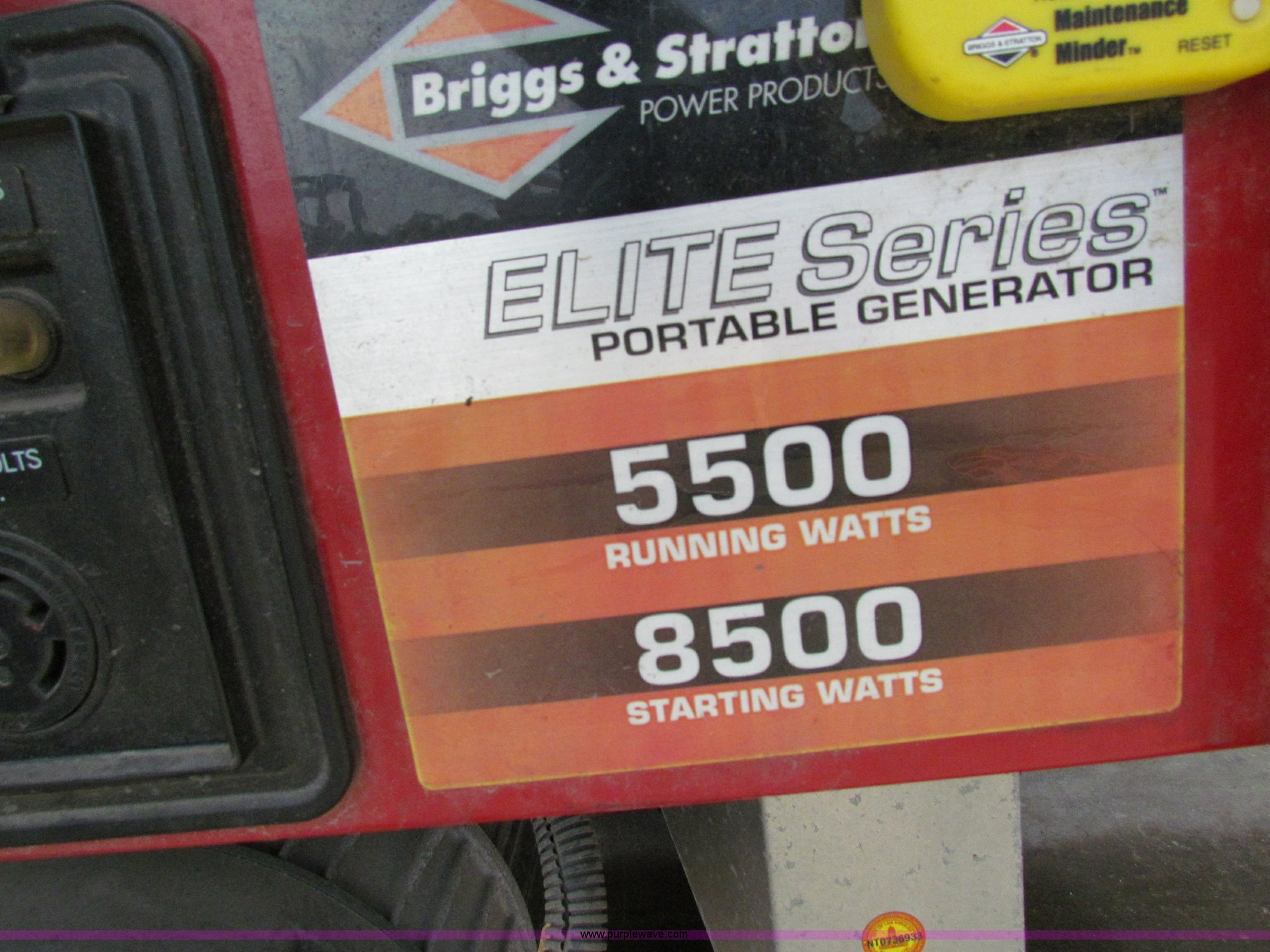 2004 Briggs & Stratton Elite series 01654 generator | Item N