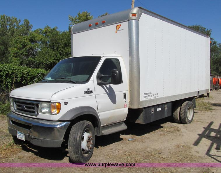2002 ford e550 box truck item a8477 sold wednesday octo. Black Bedroom Furniture Sets. Home Design Ideas