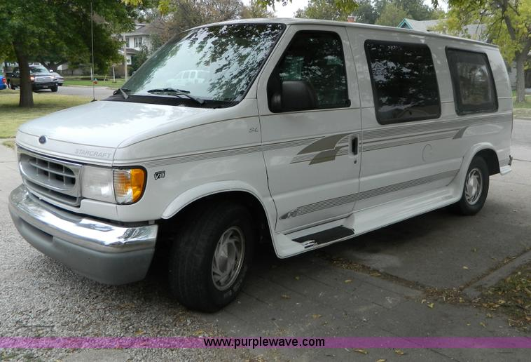 1999 Ford Econoline E150 Van