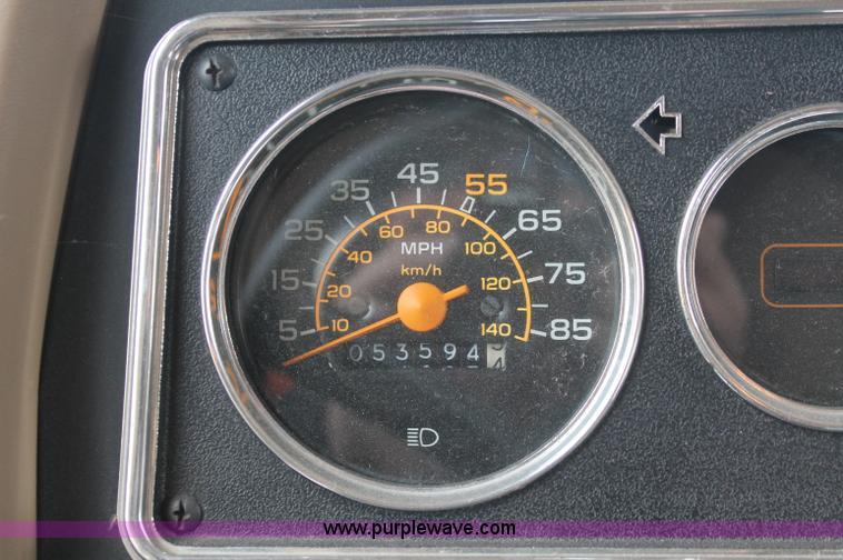 1991 Fleetwood Bounder 31' RV camper | Item C2824 | 10-17-2012