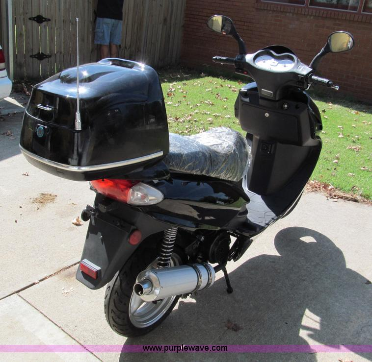 2008 ZNEN ZN150T-7C Power Sport scooter | Item E2187 | SOLD!