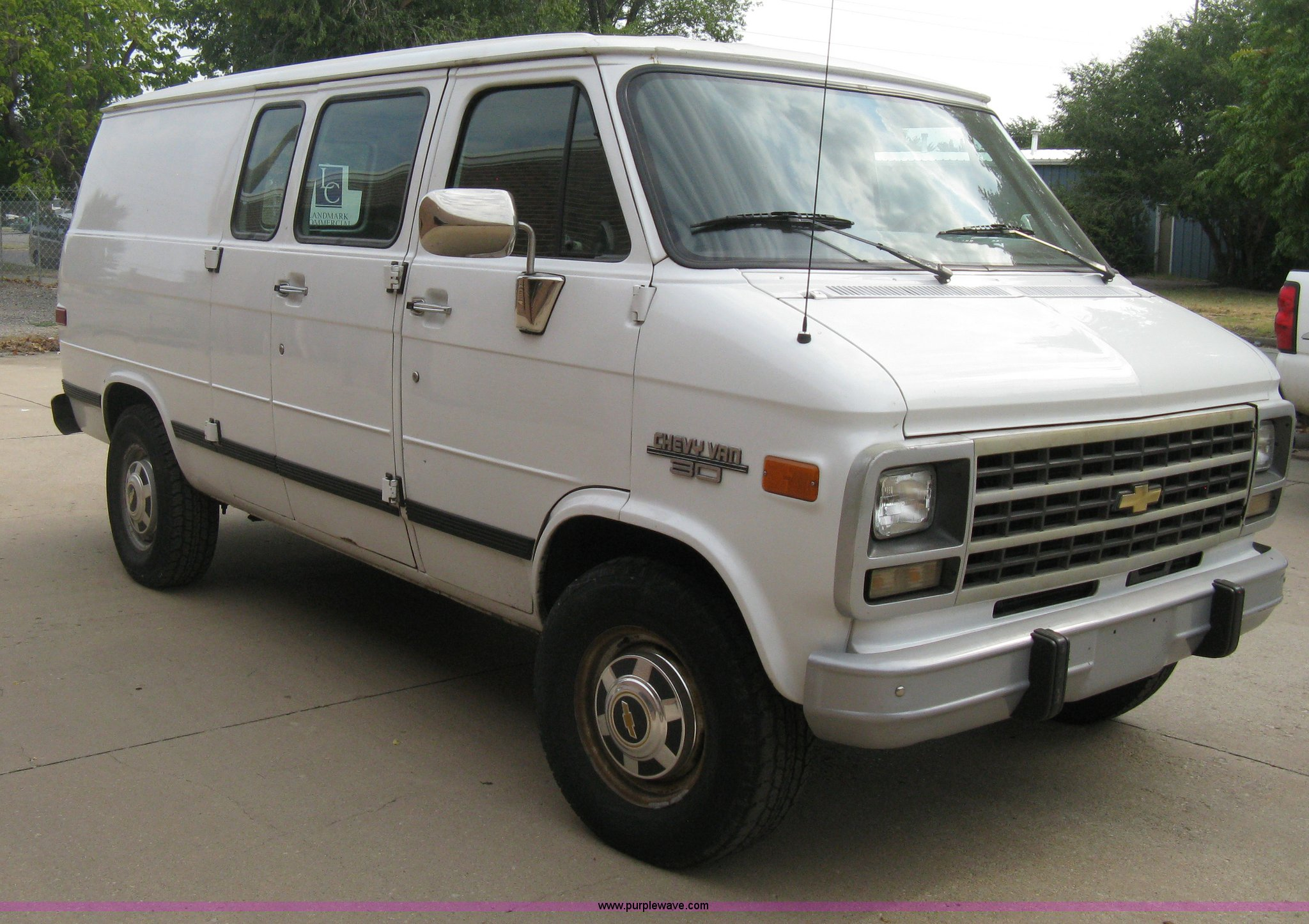 cadillac express cargo item pickup chevrolet van auctions limousine truck silverado west auction