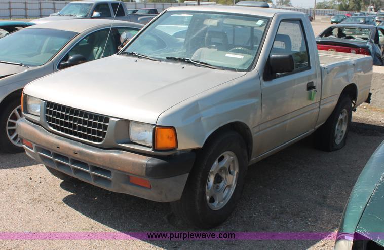 O9333 Image For Item 1995 Isuzu Pickup Truck