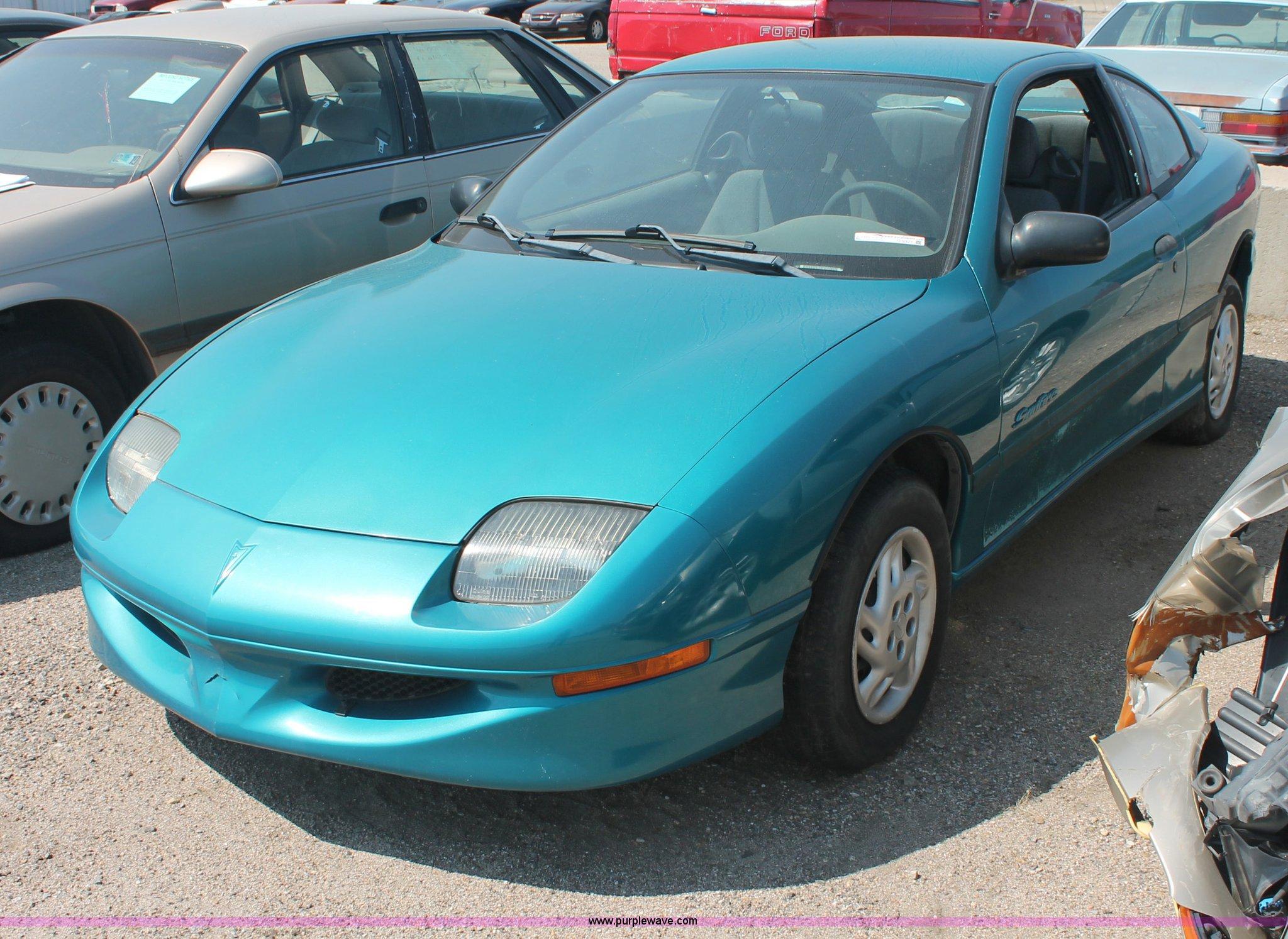 O9321 image for item O9321 1998 Pontiac Sunfire SE
