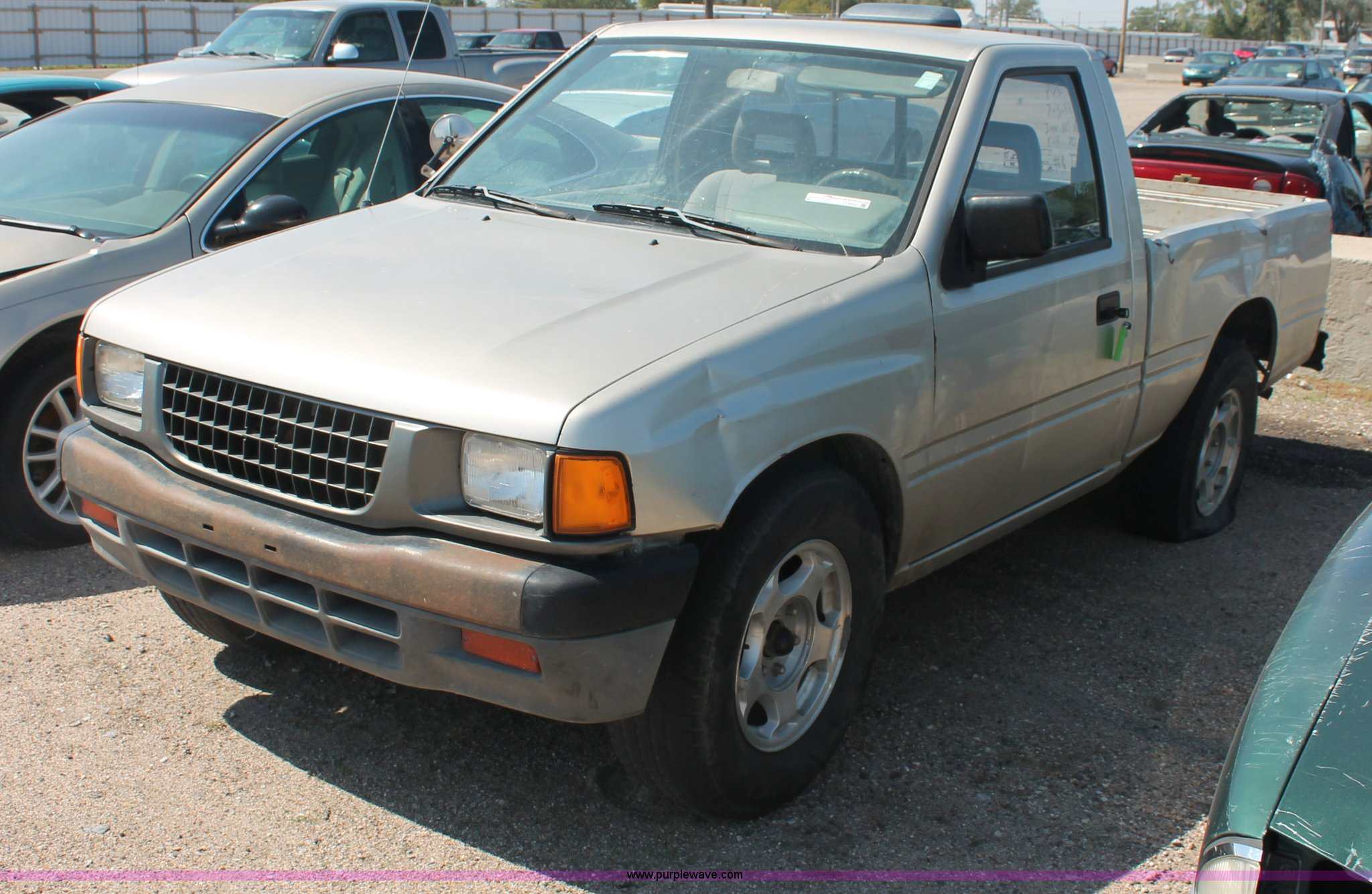 1995 isuzu pickup truck item o9333 sold friday october