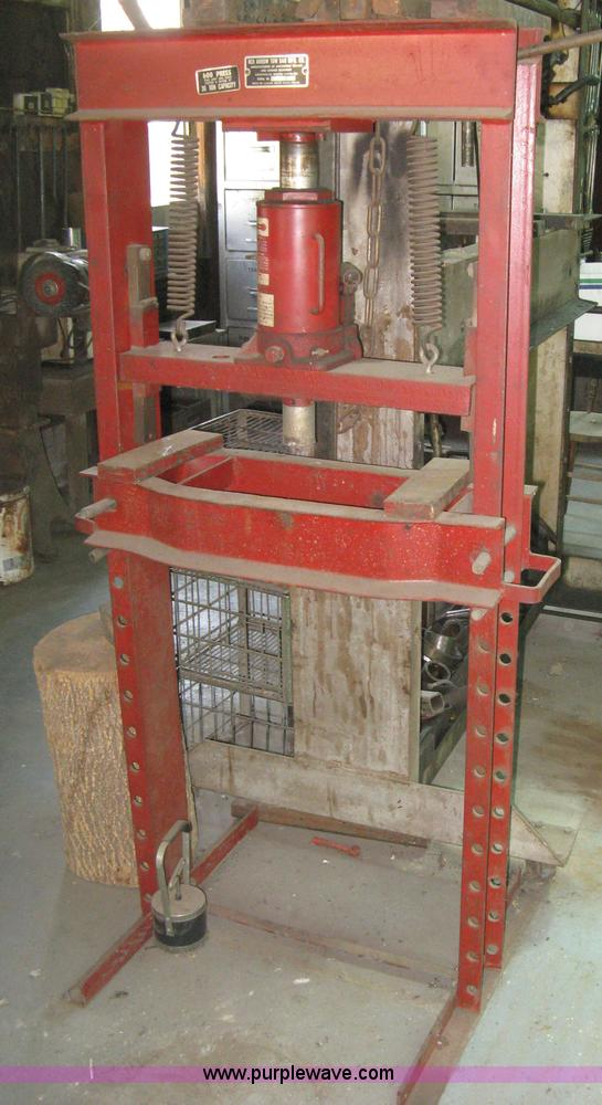Red Arrow 30 Ton Hydraulic Press Item M9012 Sold