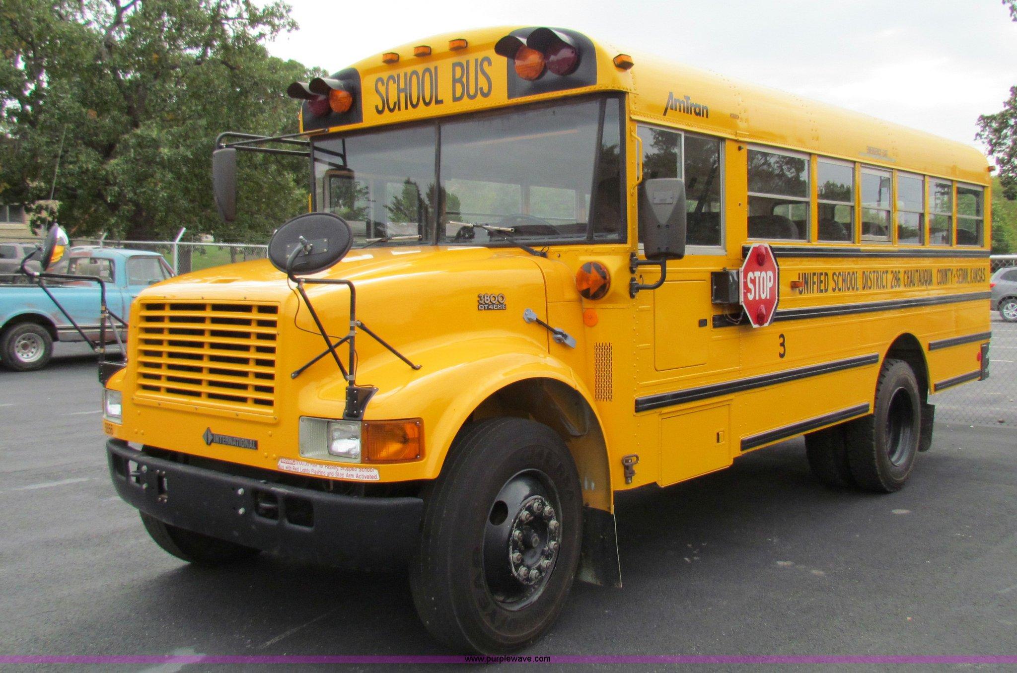 1997 International 3800 school bus | Item E8091 | SOLD! Tues