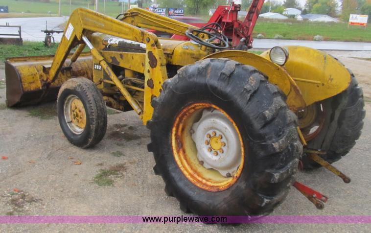 mf 202 loader pump