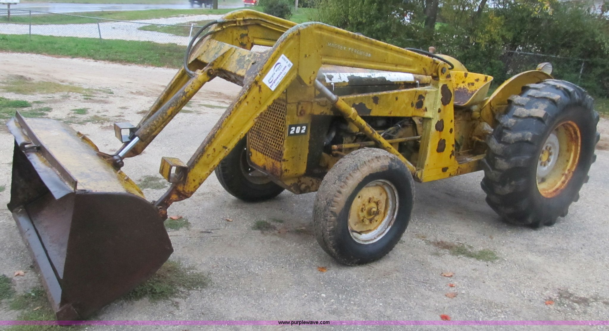 1959 Massey-Ferguson 202 Industrial Work Bull tractor   Item