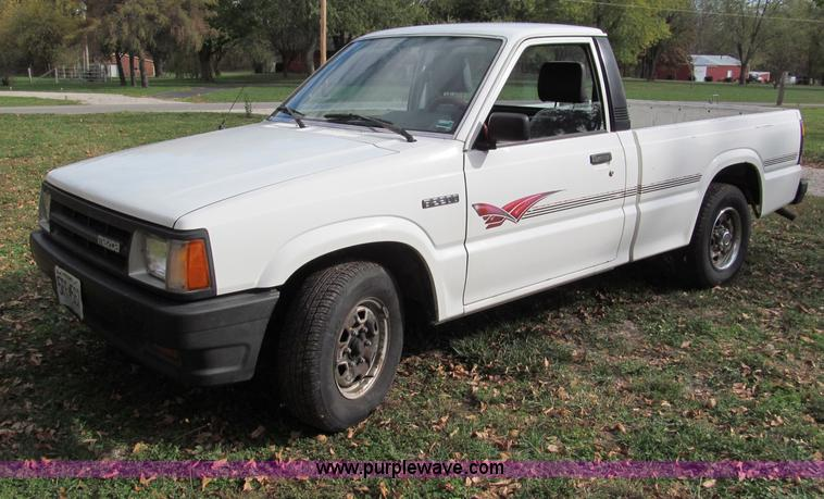 1993 Mazda B2200 pickup truck | Item E5664 | SOLD! Wednesday