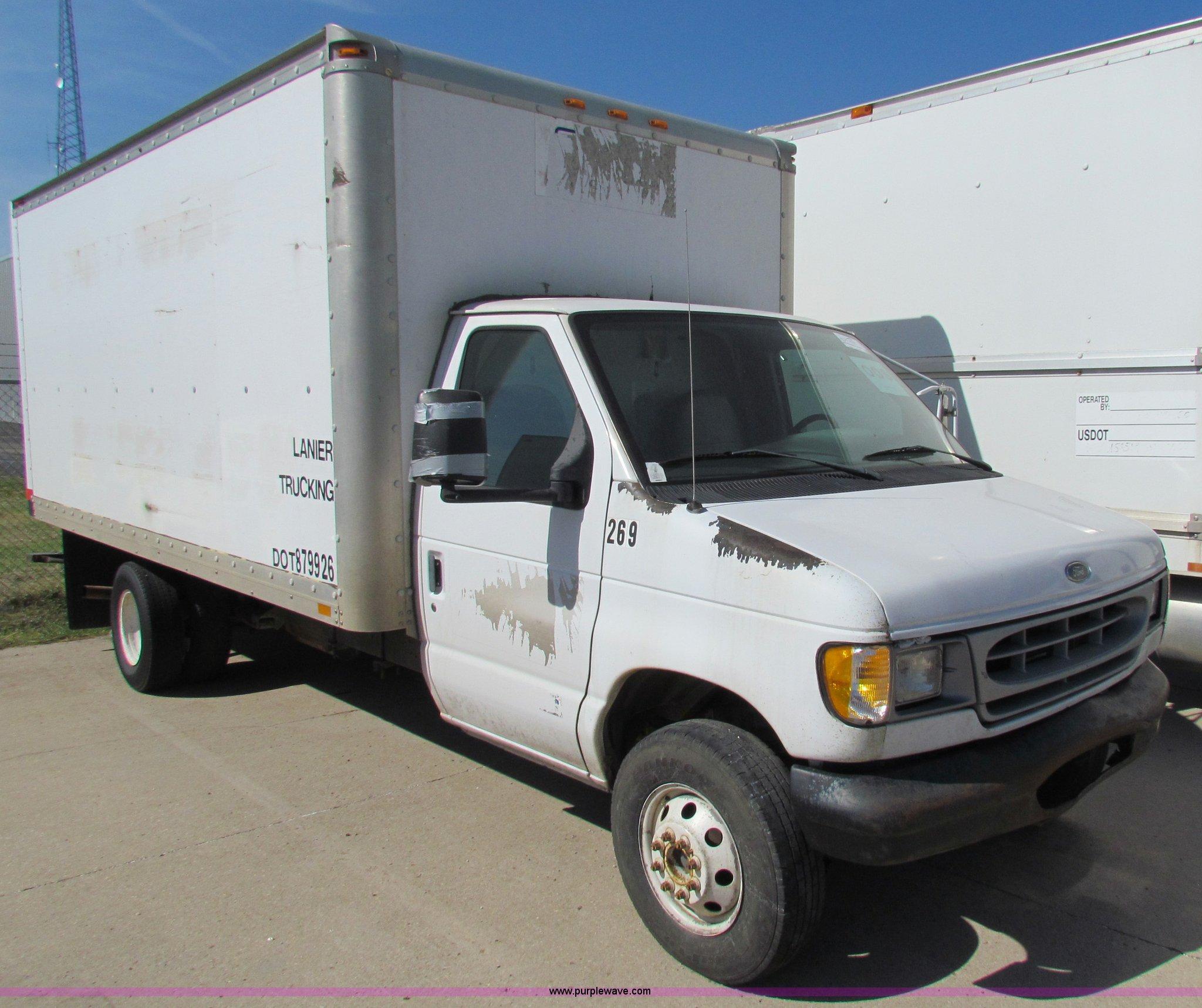 ford econoline  super duty box truck item