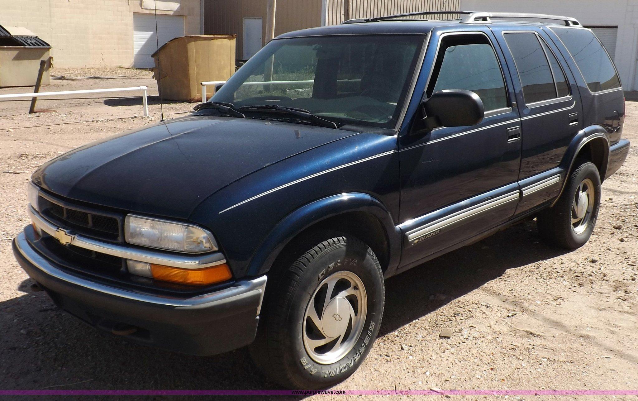2000 Chevrolet Blazer LT SUV | Item F6210 | SOLD! Wednesday ...
