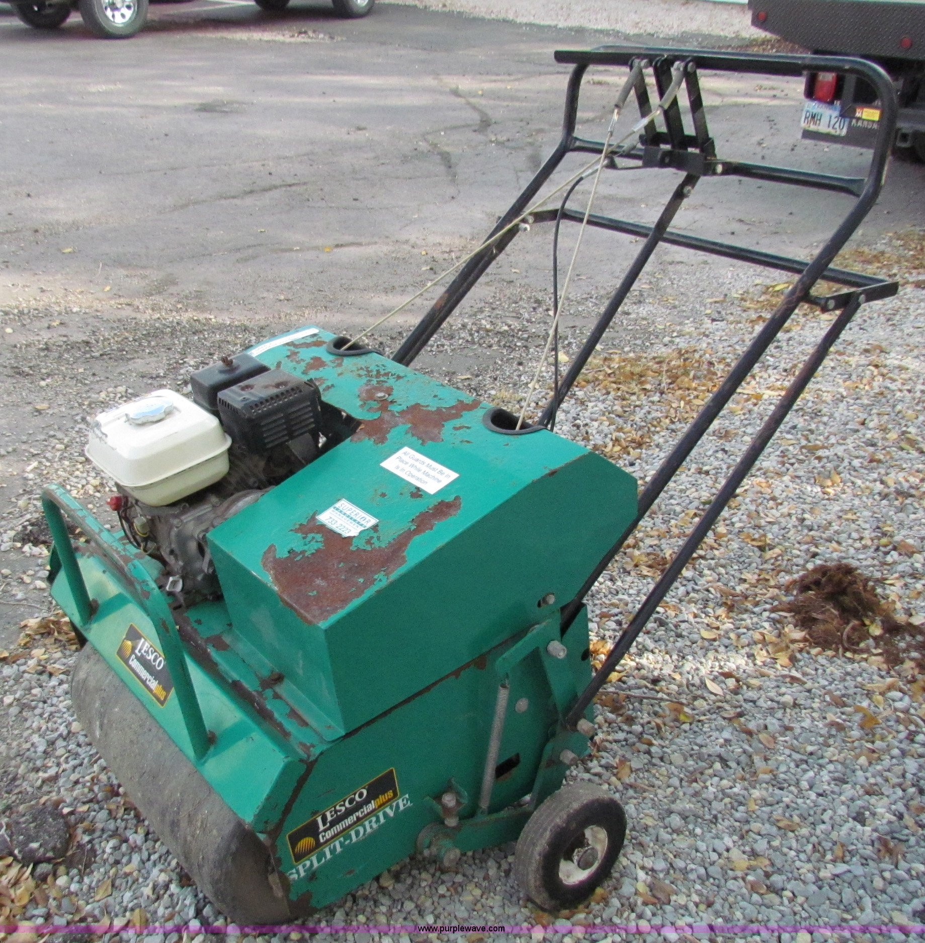 lesco commercial plus aerator item v9390 sold wednesday rh purplewave com Commercial Walk Behind Mowers LESCO Commercial Mowers Parts Manual