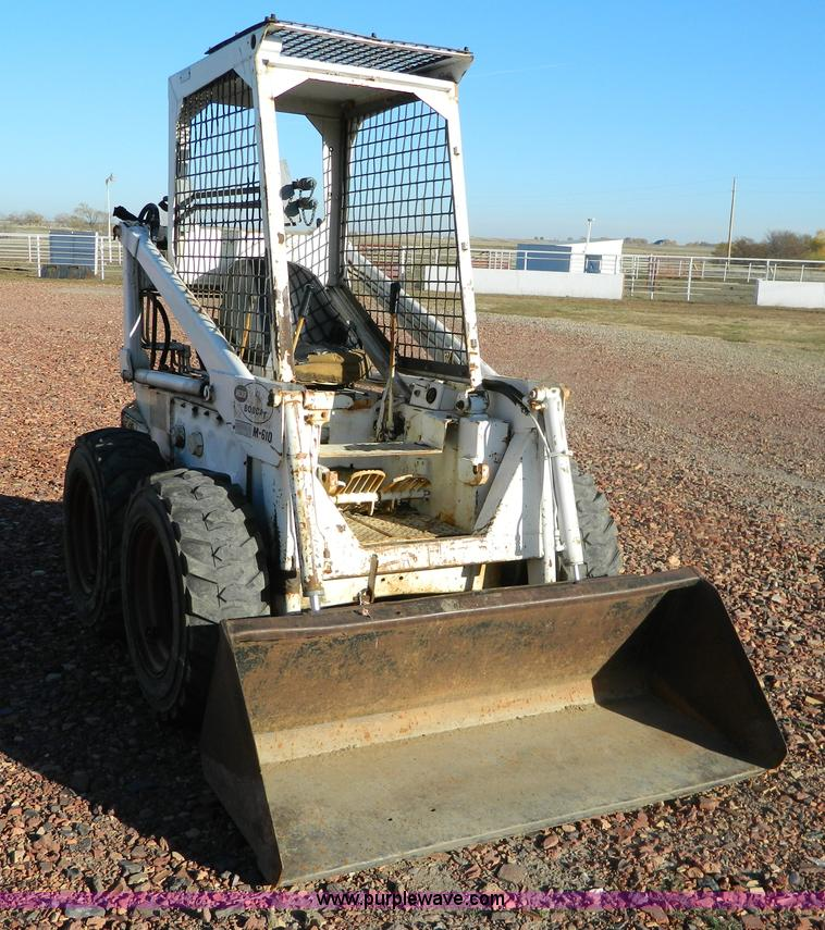 Melroe Bobcat M610 skid steer | Item B3957 | SOLD! Thursday