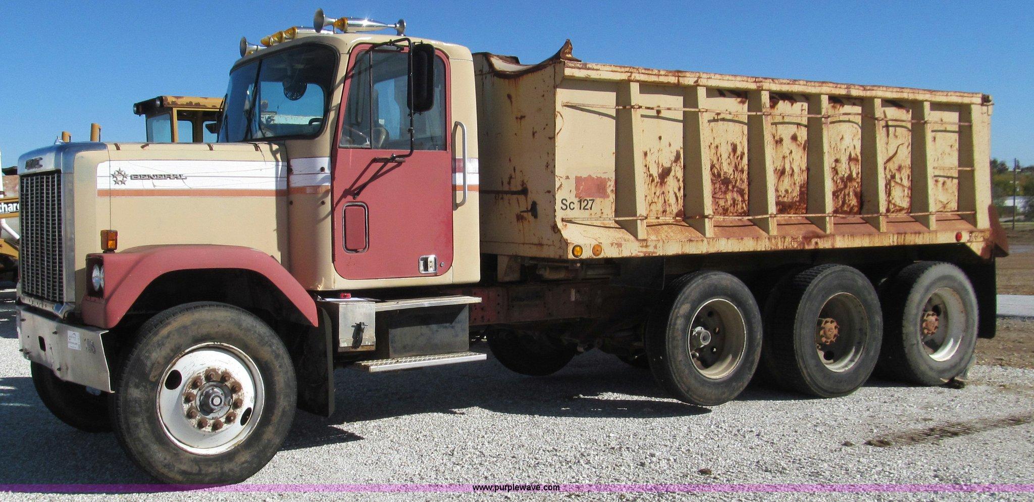 1978 Gmc General Dump Truck In Joplin Mo Item F4619 Sold Purple Wave