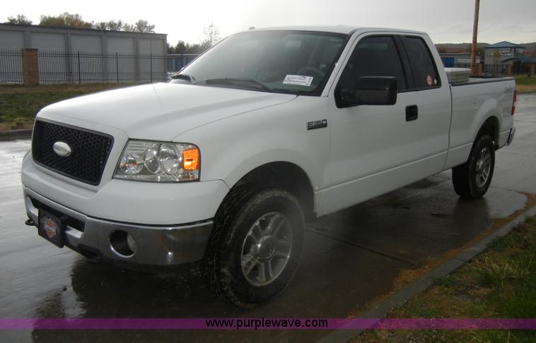 2006 ford f150 xlt supercab pickup truck | item d4796 | sold