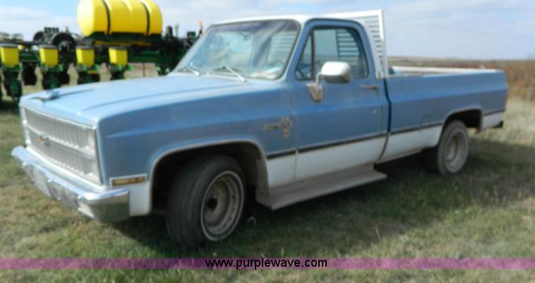 1982 Chevrolet C10 Pickup Truck Item B3962 Sold Wednesd