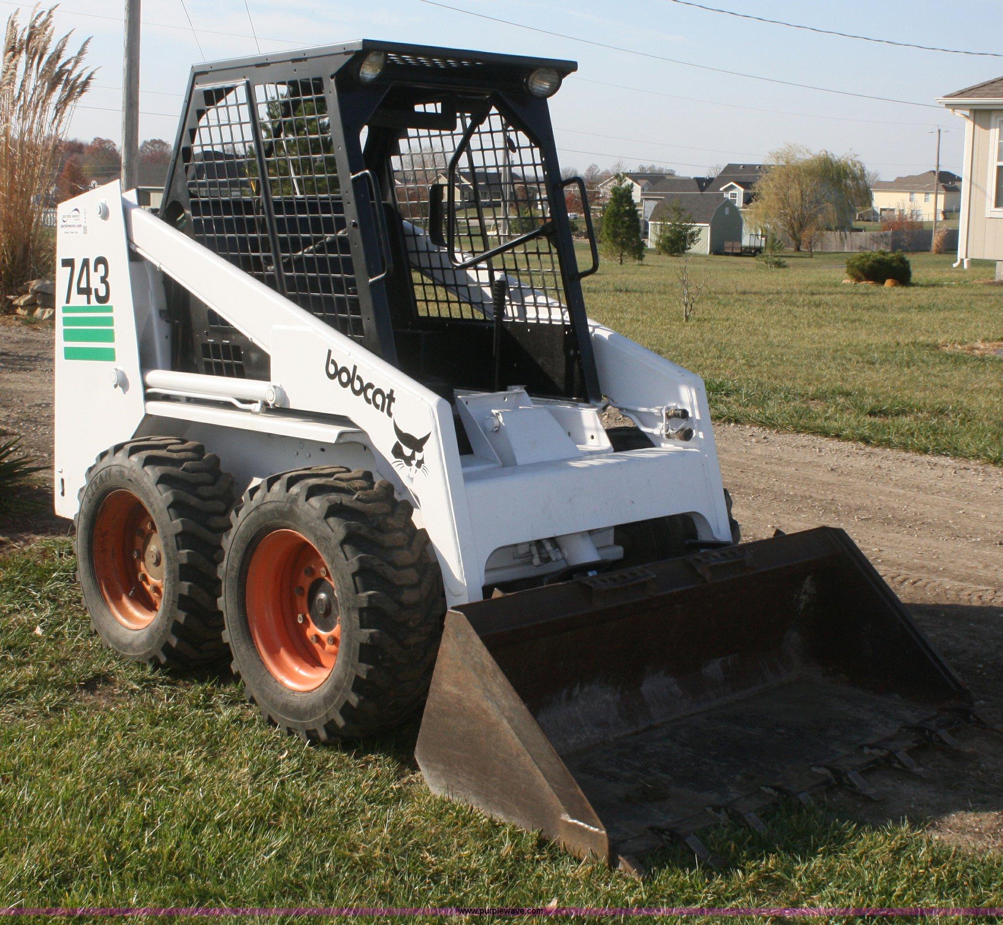 1992 Bobcat 743b Skid Steer Item F2757 Sold Thursday No
