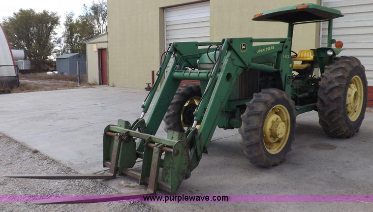 F6233 1983 john deere 2550 mfwd tractor item f6233 sold! wedne