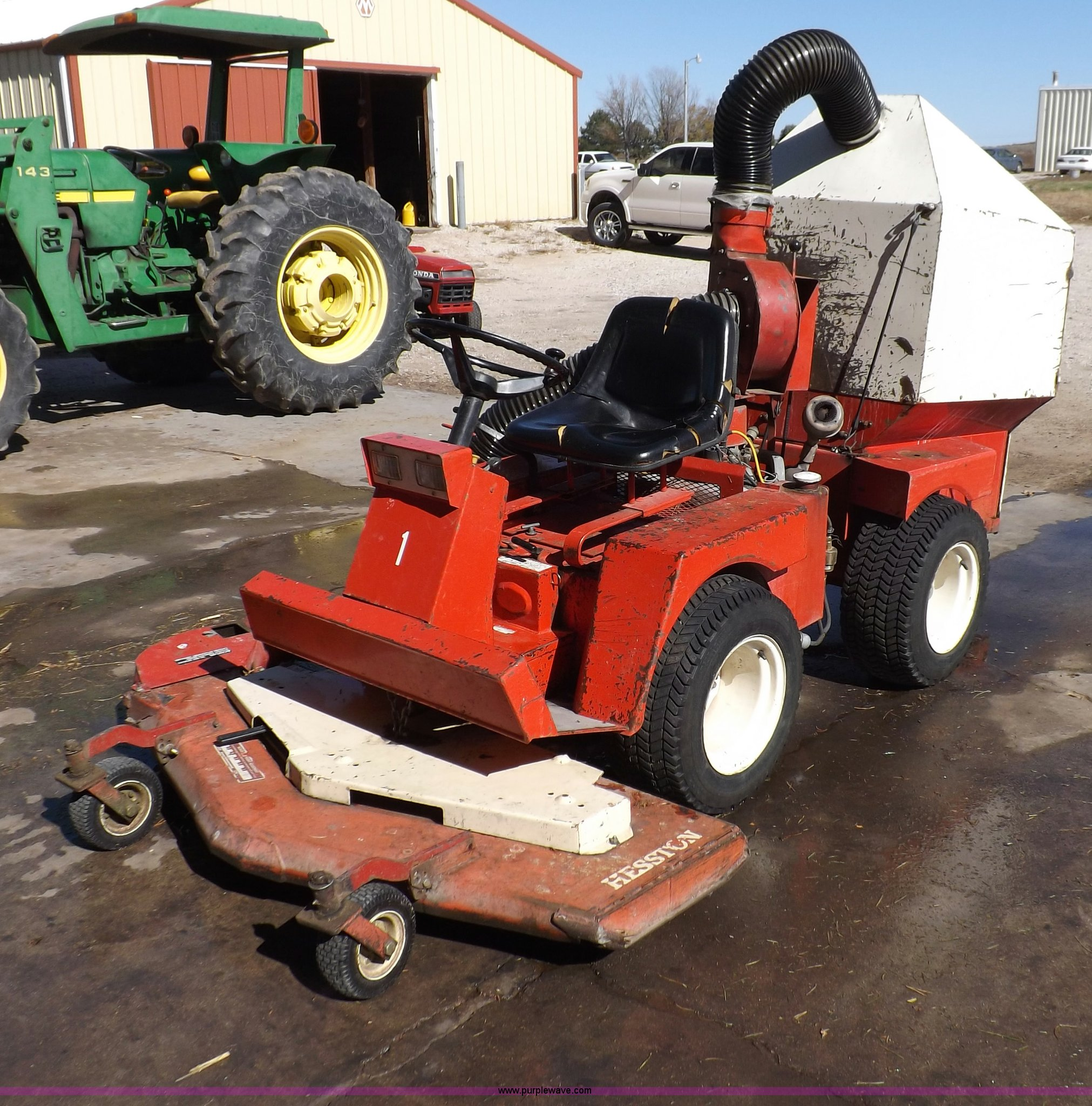 Hesston Front Runner 160 lawn mower | Item F6197 | SOLD! Wed