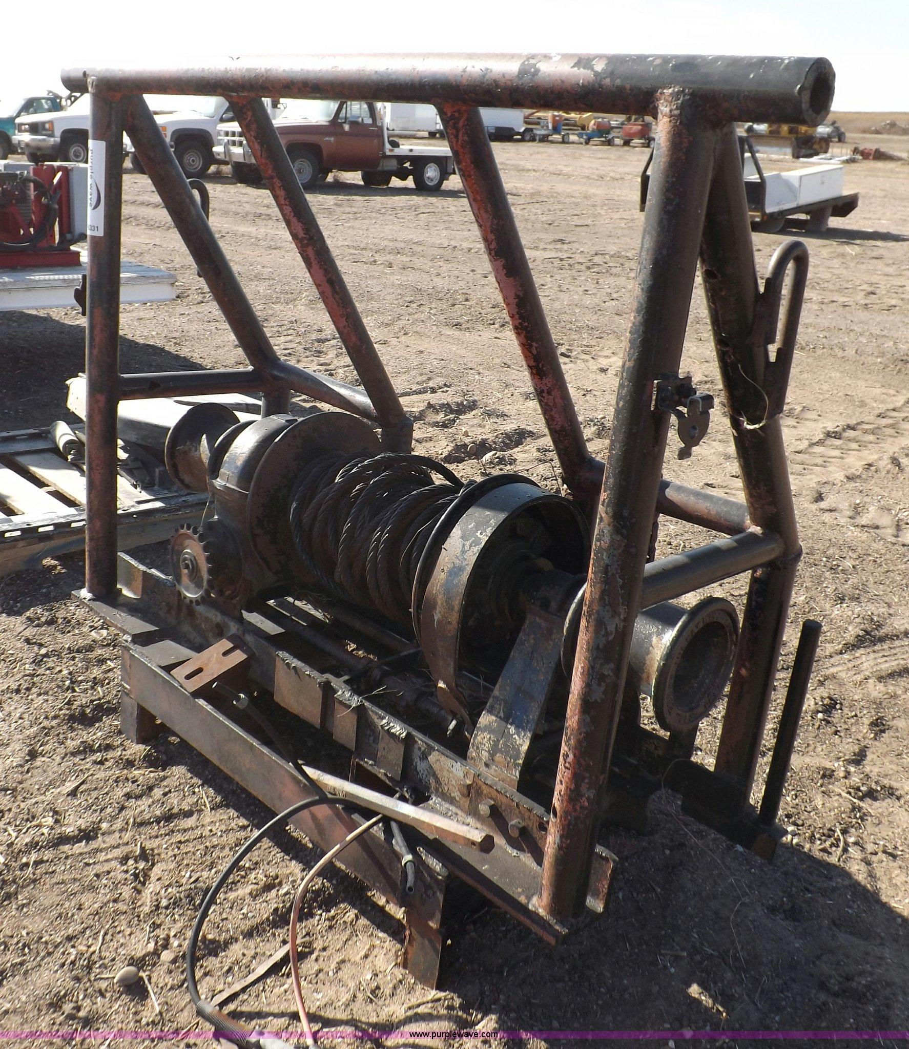Tulsa 34L winch with headache rack | Item F6331 | SOLD! Wedn