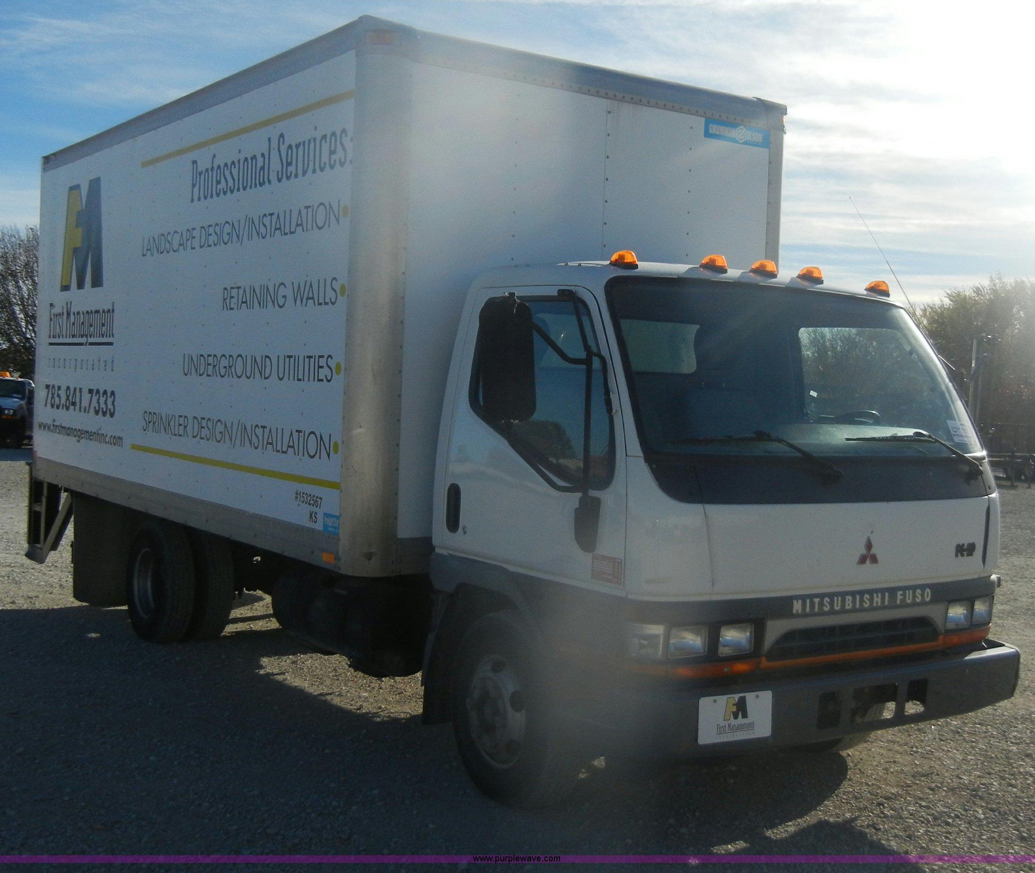 2000 Mitsubishi Fuso FE box truck   Item D4725   SOLD! Decem