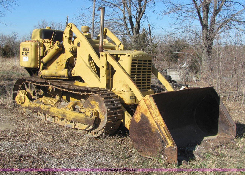 1957 Caterpillar 955 track loader | Item E2672 | SOLD! Decem