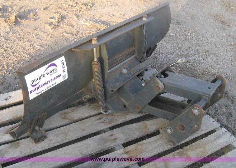 Sears Lawn Tractor Snow Plow Attachment Item B8381