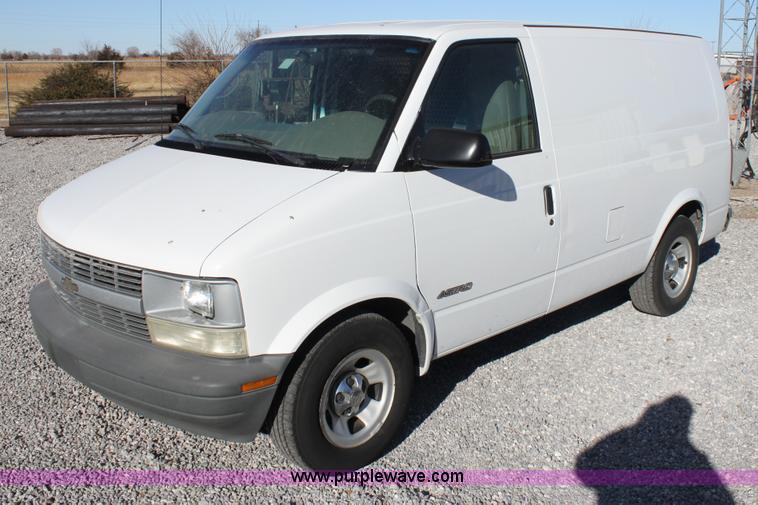 2001 Chevrolet Astro Cargo Van Item E8256 Sold January