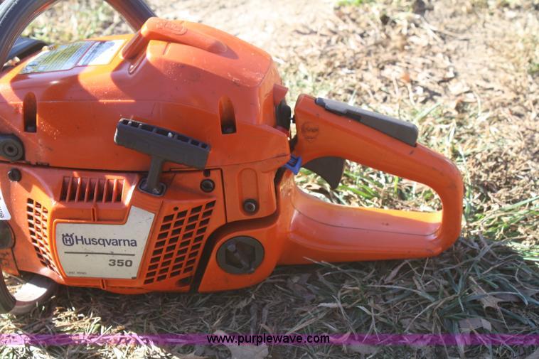 Husky 350 chainsaw | Item O9829 | 1-9-2013