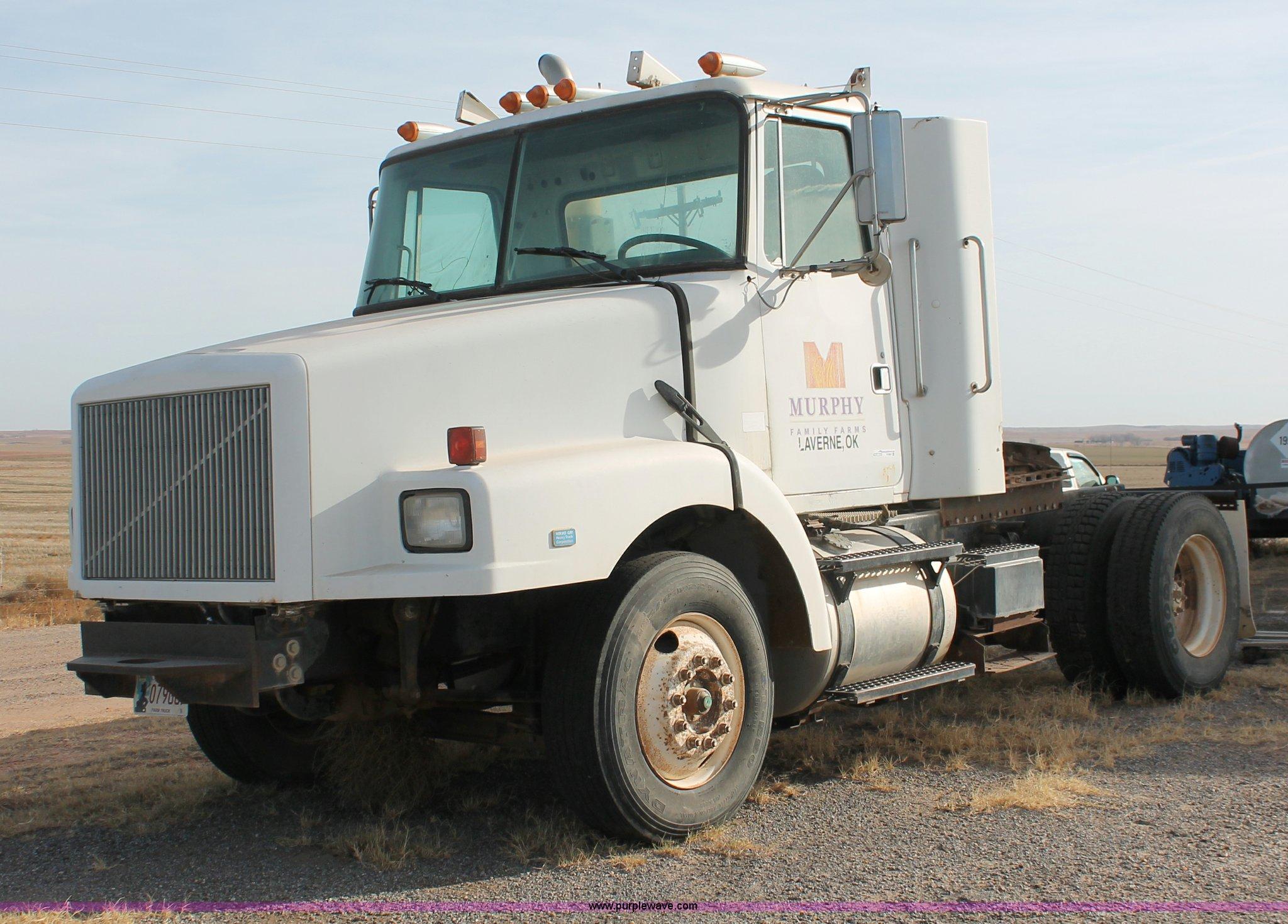 trucks new volvo for inv inc sale used sales semi illinois central