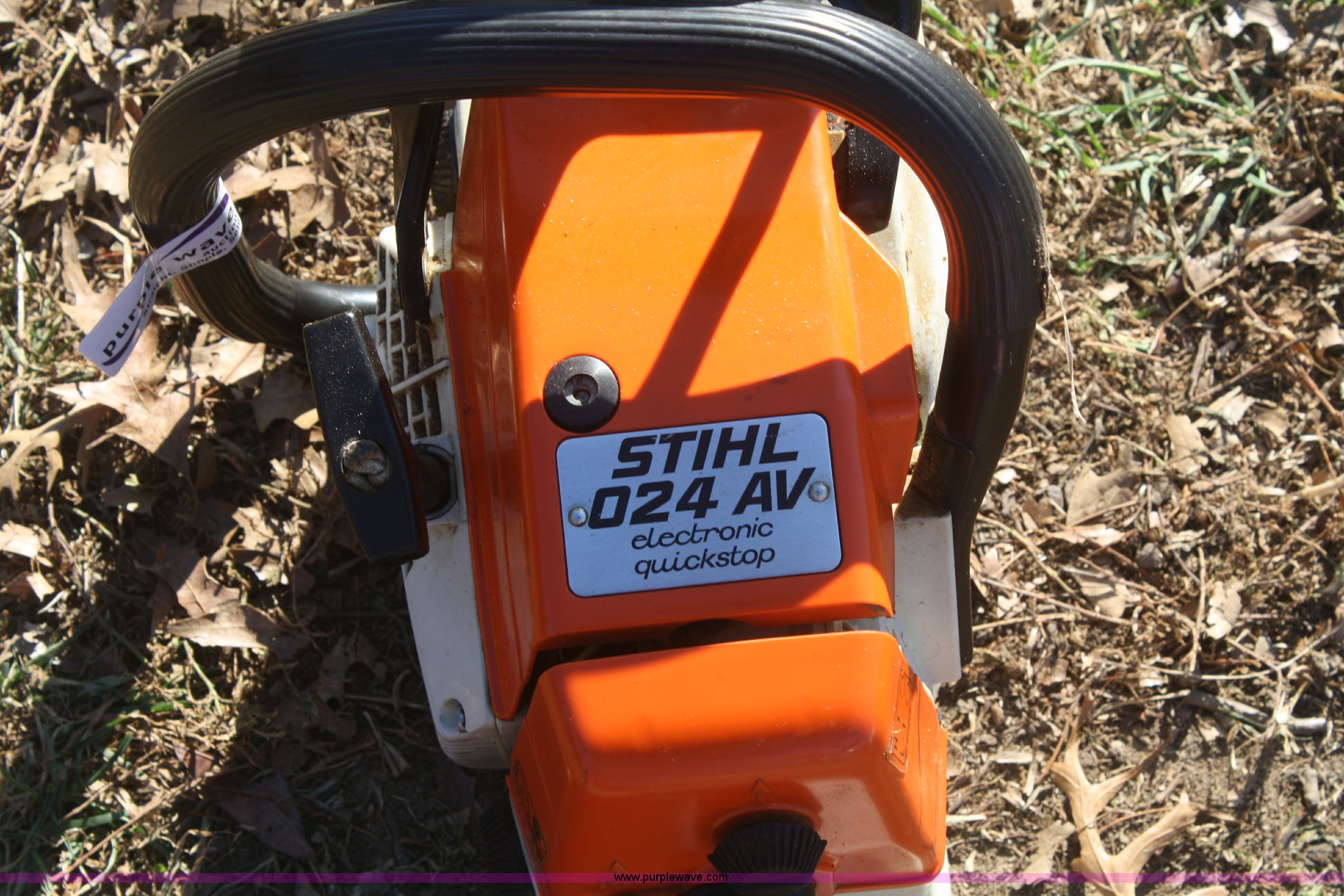 Stihl 024AV chainsaw | Item O9825 | SOLD! January 23 Midwest