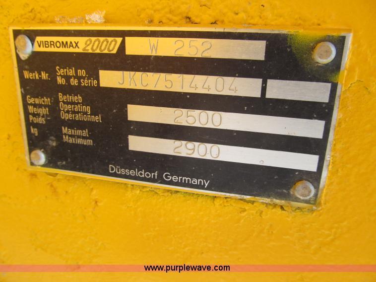 Case W252 Vibromax dual drum vibratory roller | Item D7062 |