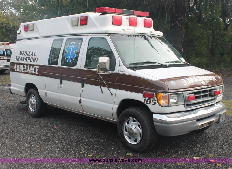 1997 Ford Econoline E350 Super Duty ambulance van | Item C29