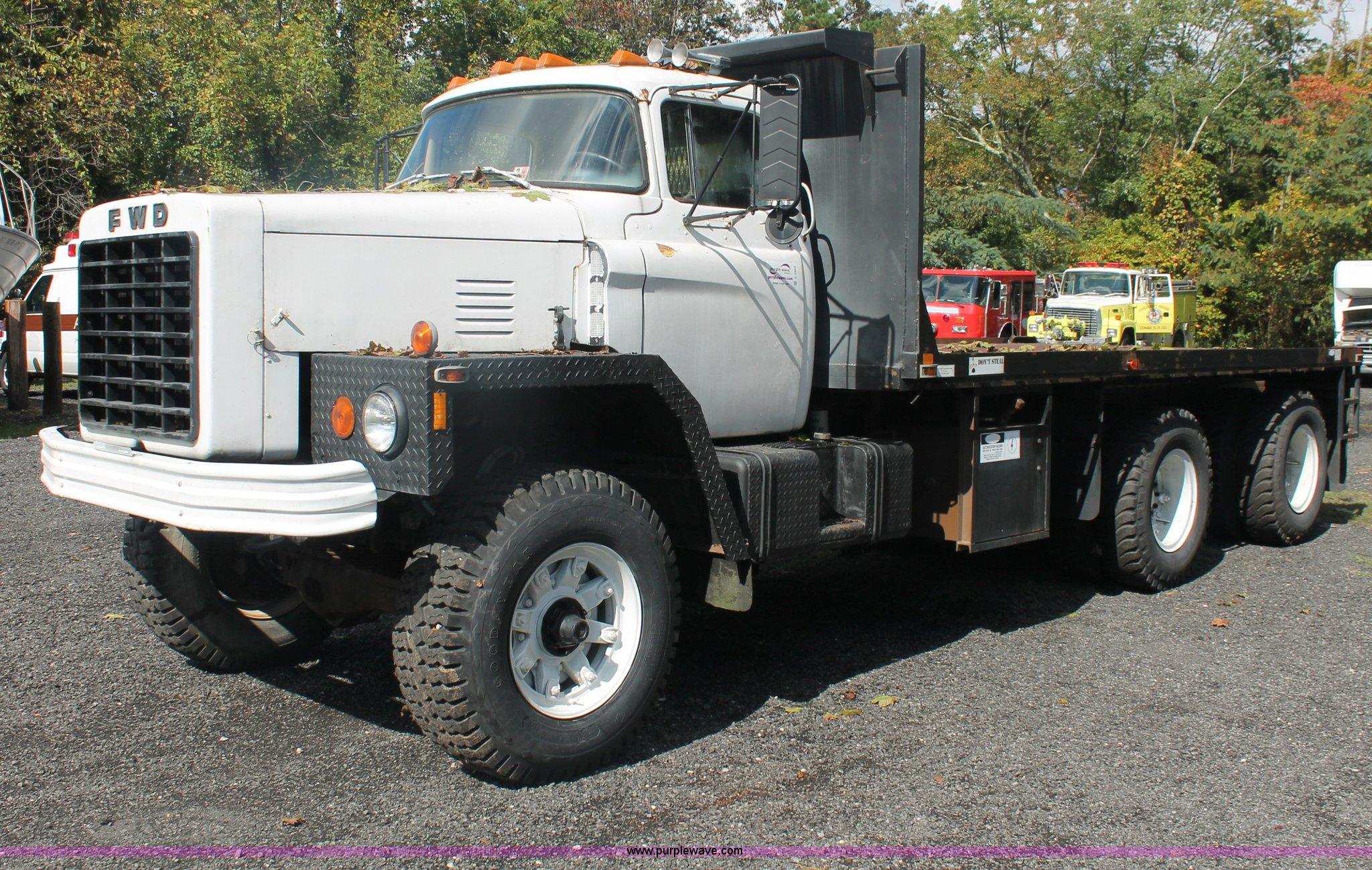 1969 FWD LB6 3317 flatbed truck Item C2923