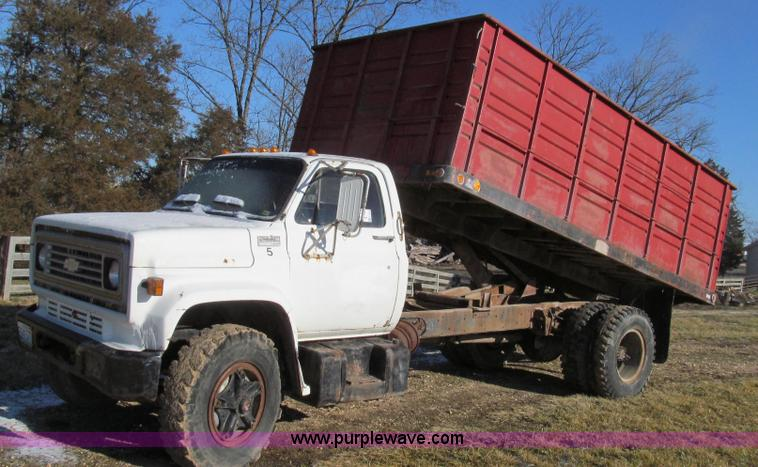 1977 Gmc 6500 Dump Truck No Reserve Auction On Wednesday