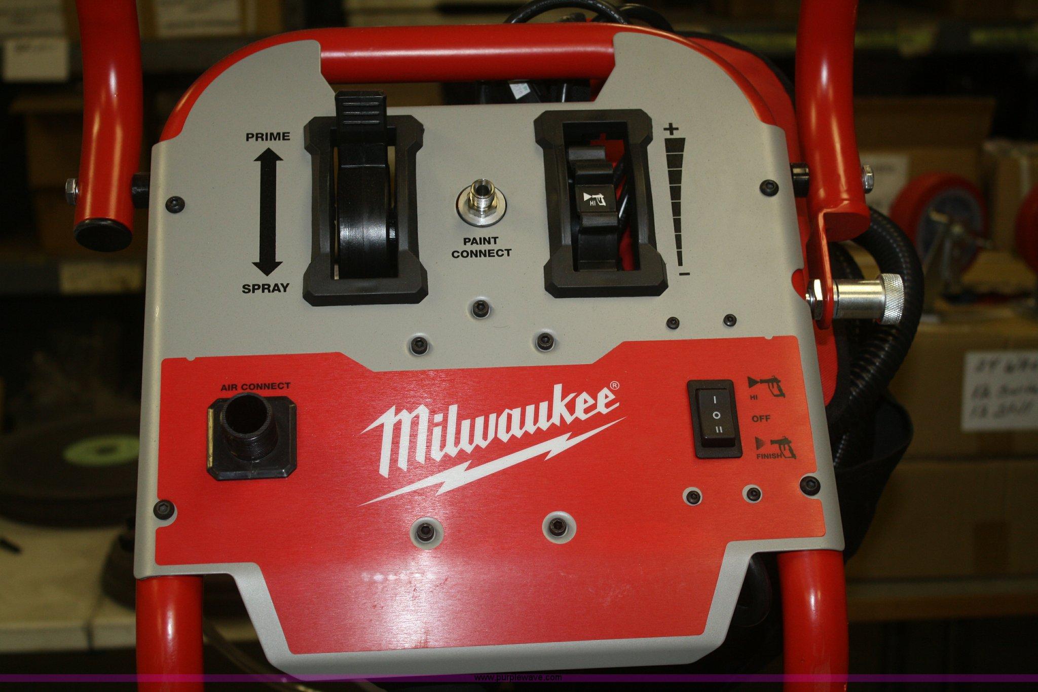 Milwaukee Airless Finish Paint Sprayer Item S9849 Sold