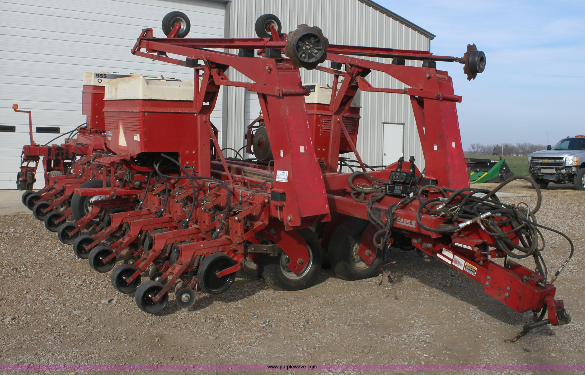 1996 Case 955 Cyclo Air Planter Item E8433 Sold Februar