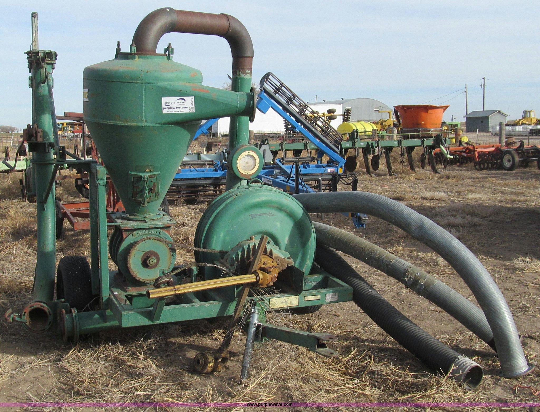 PTO driven Neuero 1096 grain vac with hoses | Item G5616 | S