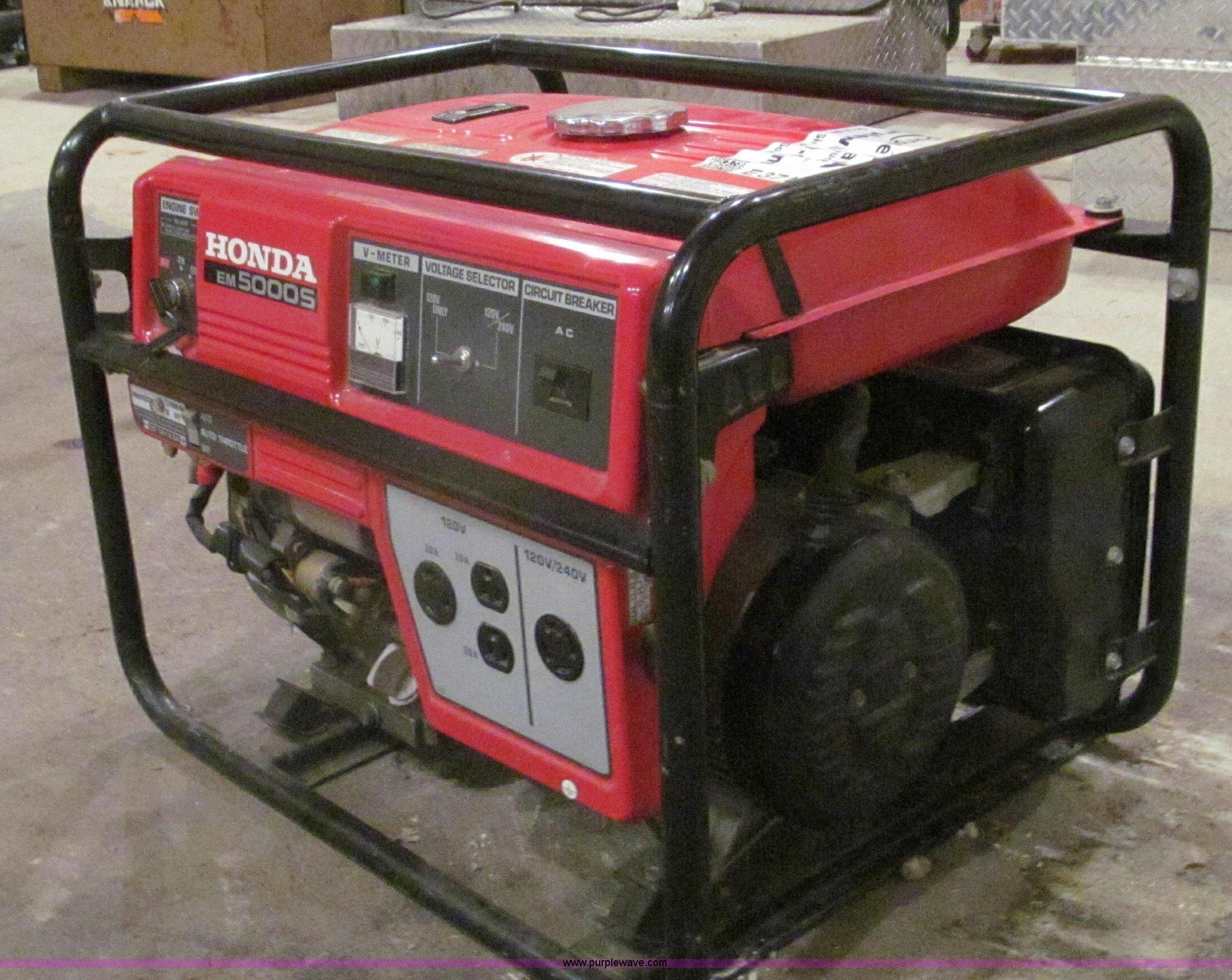 Honda EM 5000S generator Item E3716