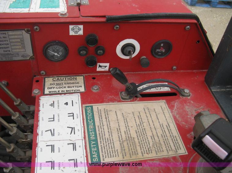 1997 moffett m5000 piggy back forklift item e3077 sold rh purplewave com Moffett Forklift Mounting Kit Moffett Forklift Parts Breakdown