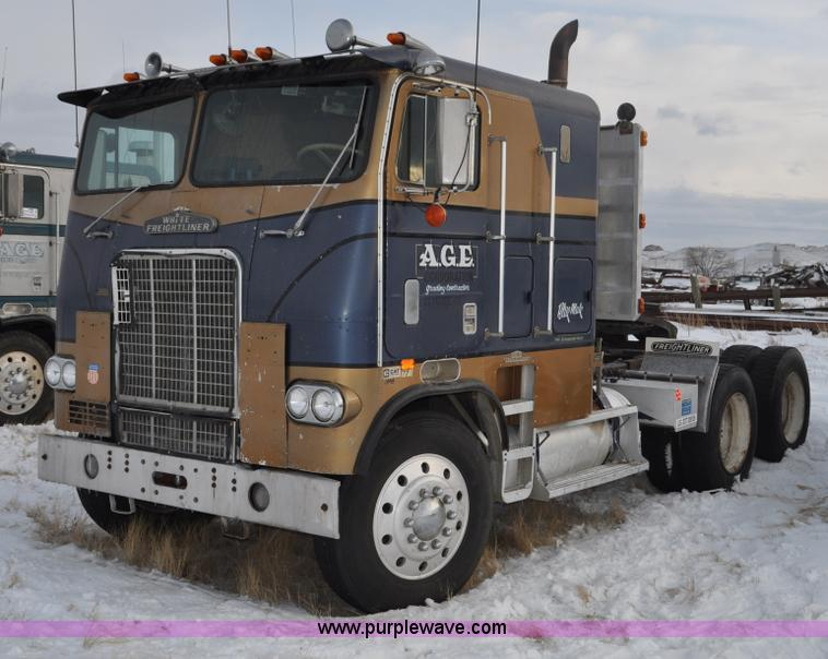 1977 White Freightliner Semi Truck No Reserve Auction On