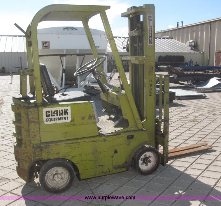 Clark C20B forklift | Item B5389 | SOLD! Thursday March 14 C