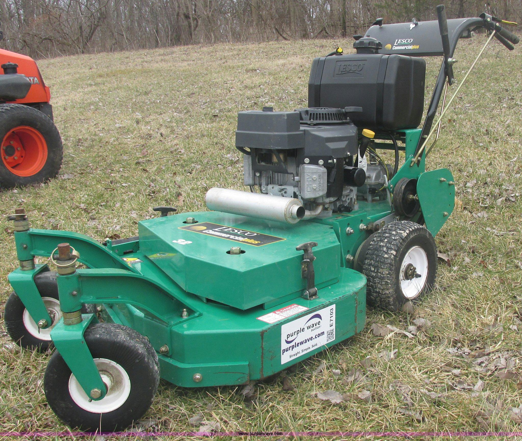 E7103 image for item E7103 Lesco walk-behind lawn mower