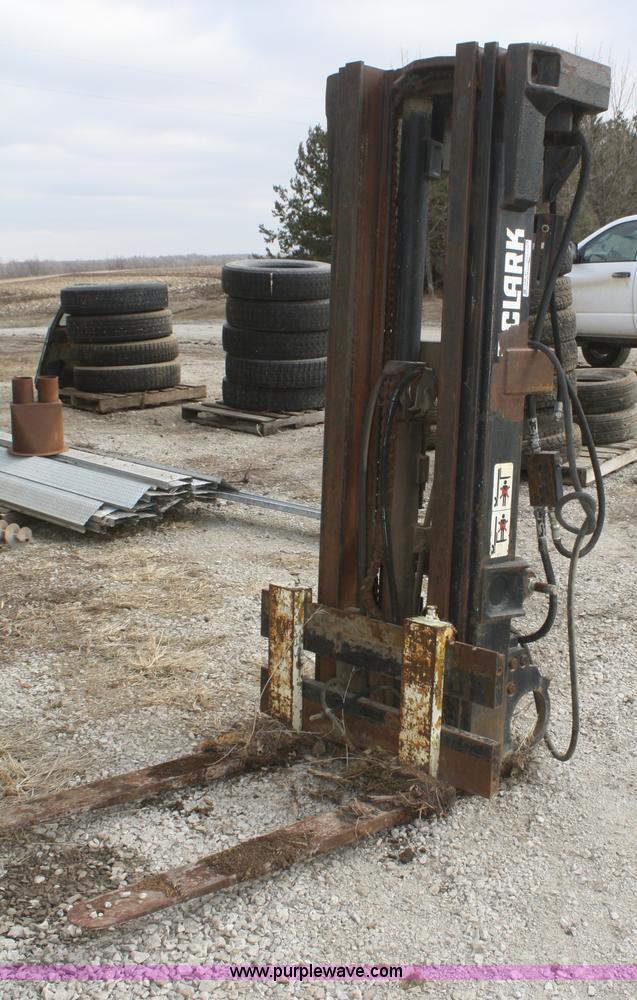 Forklift Mast Interlocking : Clark three point forklift mast item p sold march