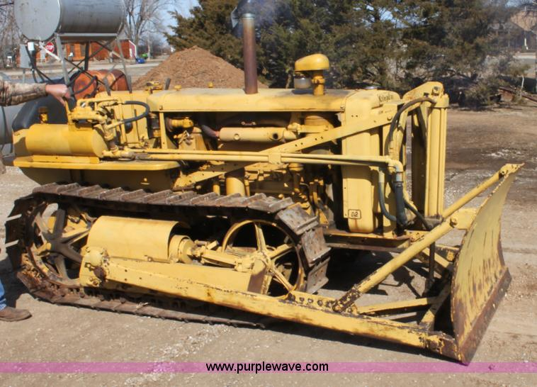 1944 Caterpillar D2 dozer | Item E8447 | SOLD! March 28 Cons
