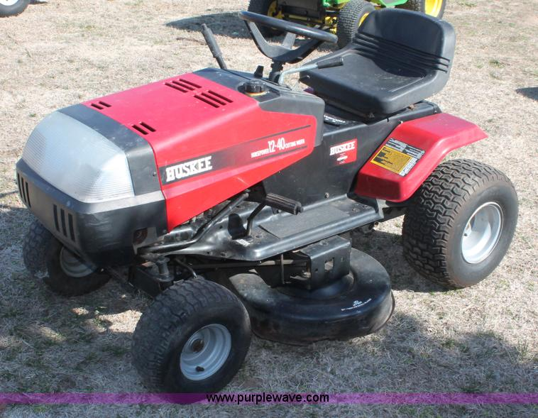 MTD Huskee lawn mower | Item W9379 | SOLD! Wednesday April 3