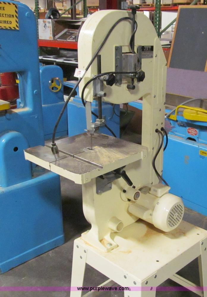 Jet band saw   Item D7189   SOLD! Tuesday April 9 Government