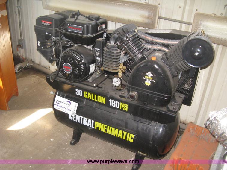 Central Pneumatic Air Compressor No Reserve Auction On