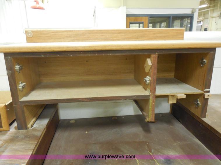 Excellent Work Bench Item A5106 Sold April 17 Midwest Auction P Beatyapartments Chair Design Images Beatyapartmentscom